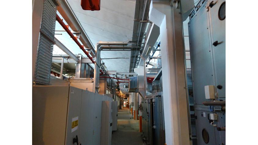 Instalación eléctrica en planta